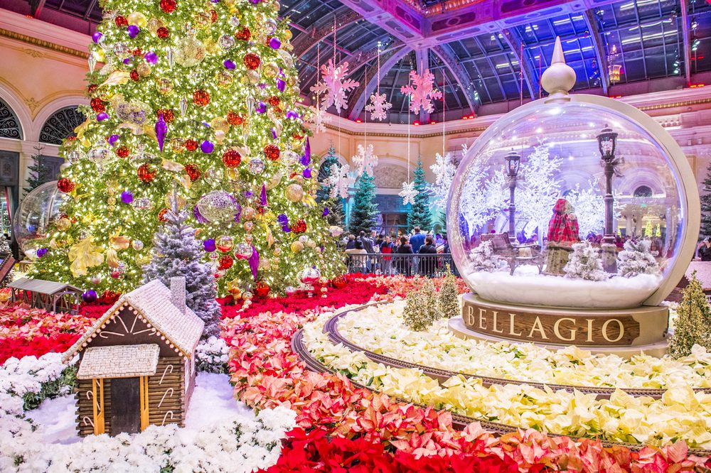 things to do in las vegas for christmas - Las Vegas Christmas Decorations