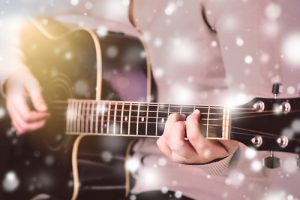 Live Christmas Music in Las Vegas, Man plays Acoustic Guitar