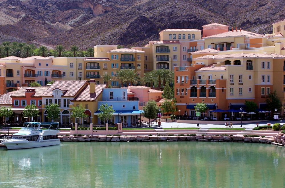 Lake Las Vegas water, hotels and homes