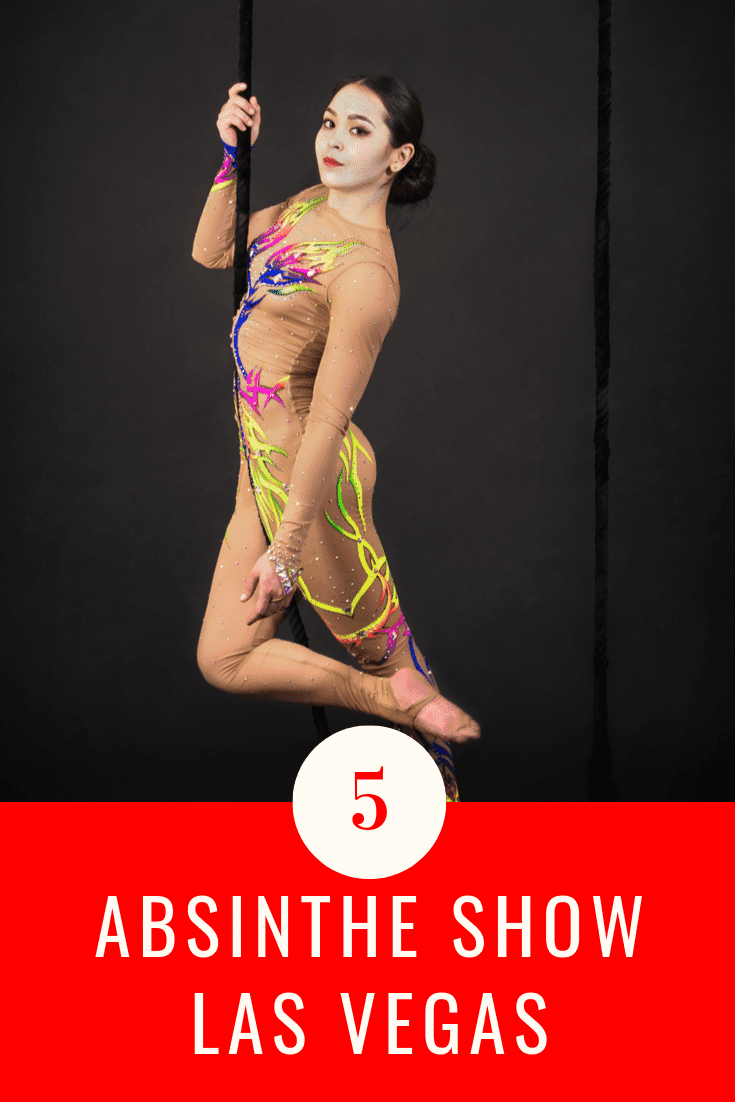 The Absinthe Show features amazing acrobatic acts by acrobats from across the globe. These acrobatic acts include trapeze, gymnastics, and roller skating tactics. In between the actions, hosts crack great jokes that are sexual, making Absinthe Show a no-go-zone for kids.