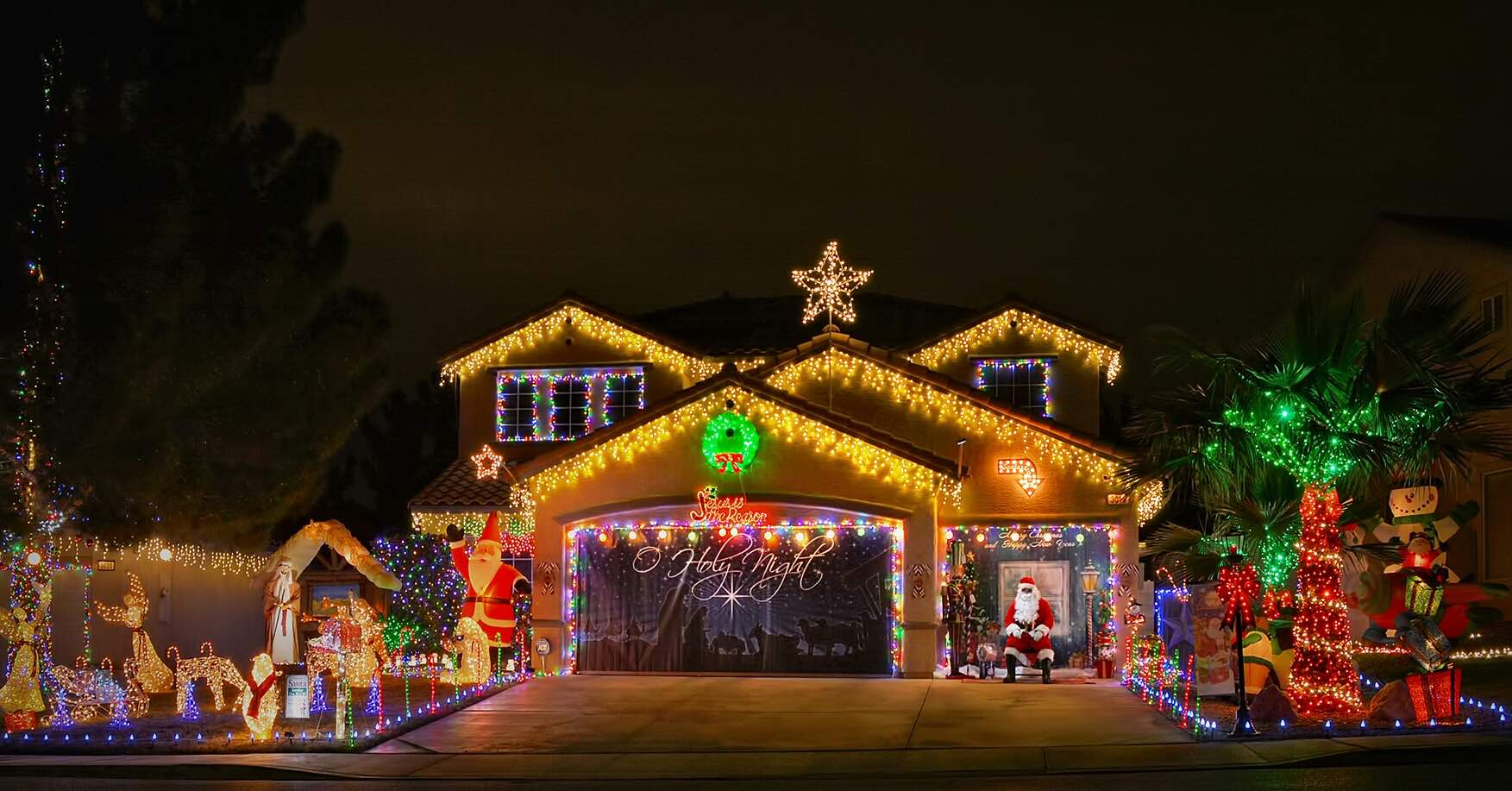3018 Scenic Valley Way, Henderson NV 89052 offers Christmas Lights Show