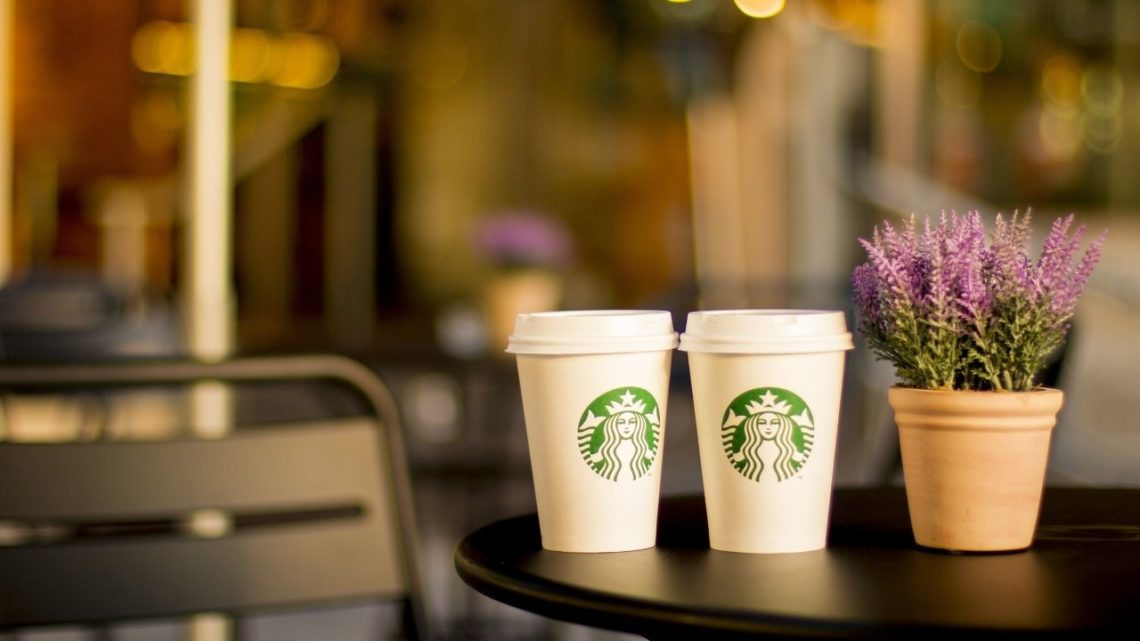 Famous worldwide for its diverse diet and menus, Starbucks is also another excellent restaurant in Mandalay Bay. It's a small food court area, which sits below the Minus 5 Bar. It has a comfortable and relaxed environment, with plush chairs to sit as you enjoy your order.