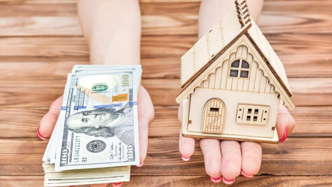 A common rule of thumb for determining the price of a home you can afford is that your mortgage payment should be between 25 and 30 percent of your income.