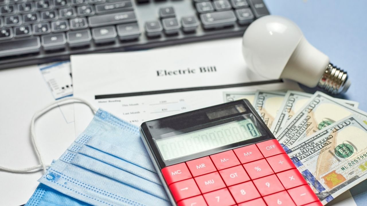 Lowering your power bill isn't as difficult as it seems. Click here to discover five easy ways to reduce your energy usage at home!
